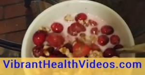 cranberry raspberry healthy snack ketogenic diet